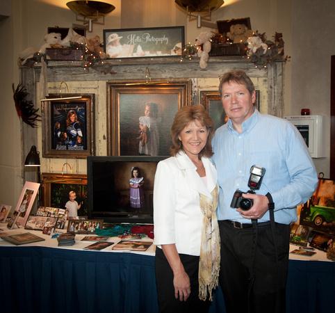 Lee and Sandra Hollis